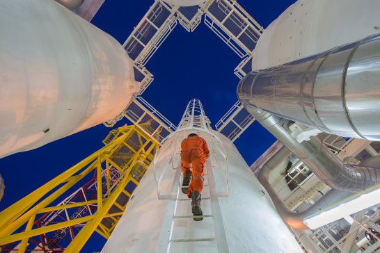 Engineer, climbs, oil and gas plant
